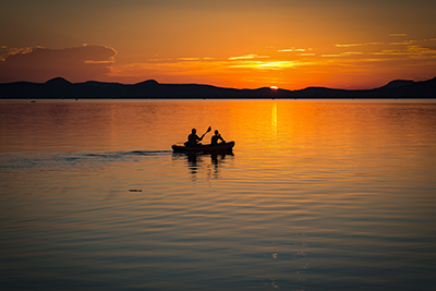 lake-balaton-sunset-lake-landscape-158045_400.jpg